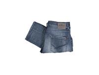 Jeans mit Destroy-Effekten